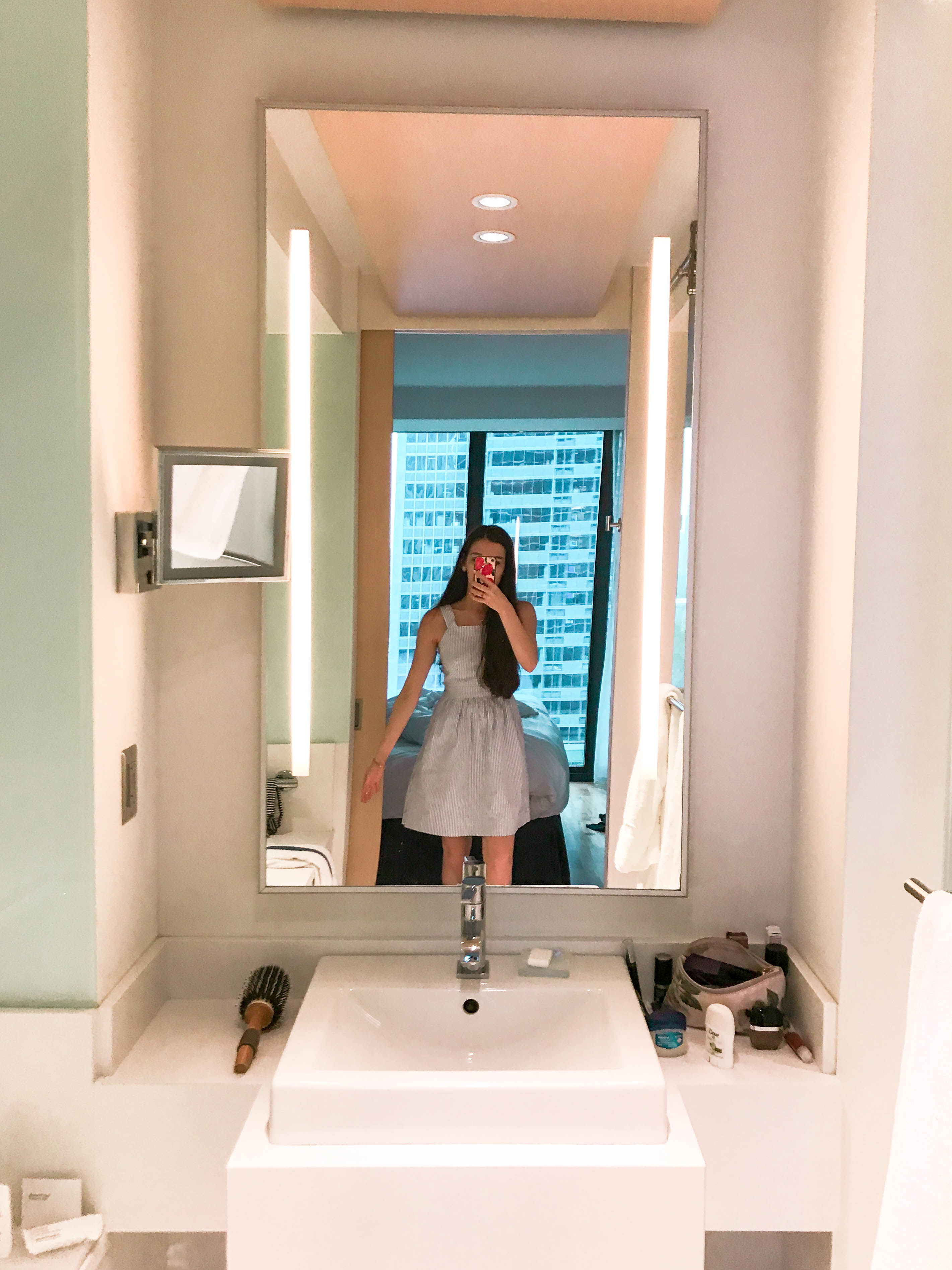 Radisson Blu Aqua hotel review park suite bathroom large bathtub contemporary sleek modern bathroom lit mirror j. crew seersucker fit and flare dress preppy style upscale place to stay mirror selfie