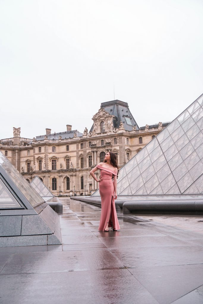 Eva Phan of Eva Darling Louvre Museum Musée du Louvre Paris France Lulu's Mauve Aveline Gown black stiletto heel Paris photoshoot photo shoot location idea feminine style