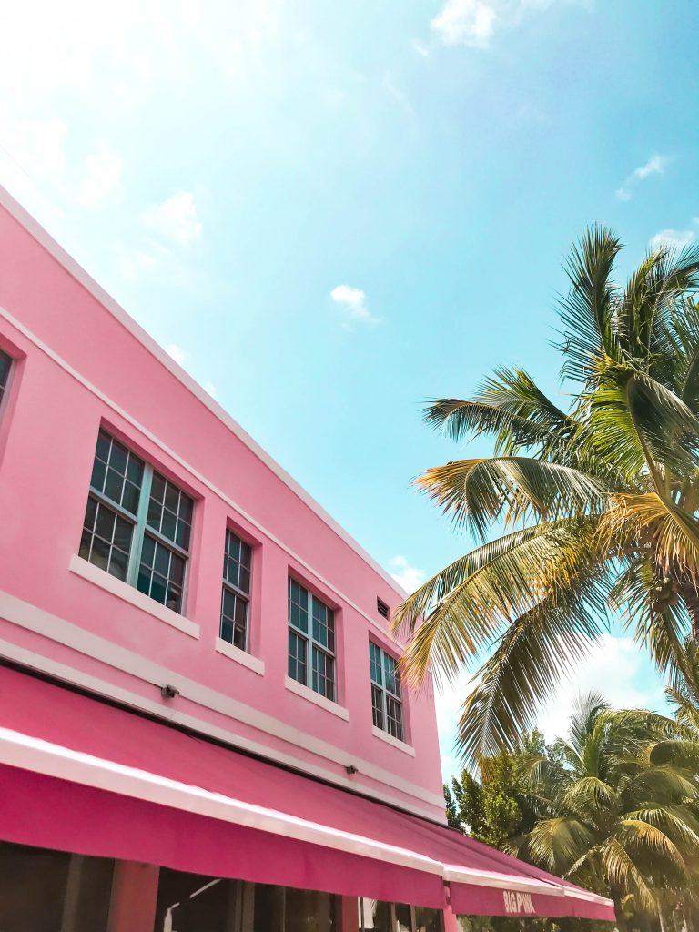 big pink diner restaurant instagrammable collins ave miami florida south beach where to eat in miami best restaurants in south florida