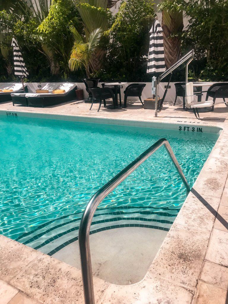 hotel croydon miami beach mid beach hotel pool florida