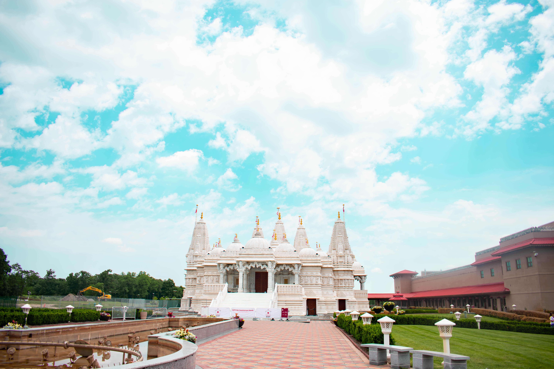 baps shri swaminarayan mandir bartlett chicago il exterior hindu temple