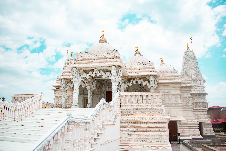 baps shri swaminarayan mandir bartlett chicago il exterior hindu temple italian marble