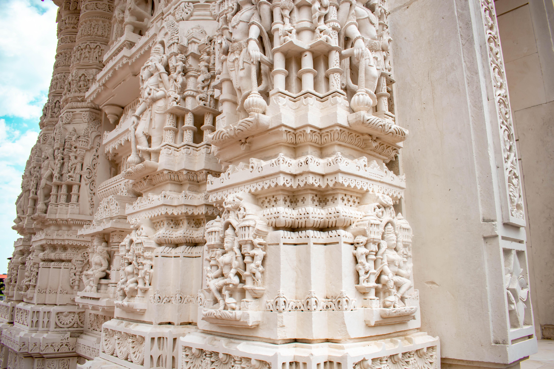 hindu god figure statues baps shri swaminarayan mandir chicago illinois