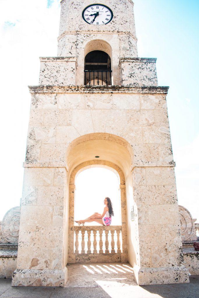 eva phan travel blogger lilly pulitzer izzy skirt flamenco worth avenue clocktower palm beach island south florida travel tips