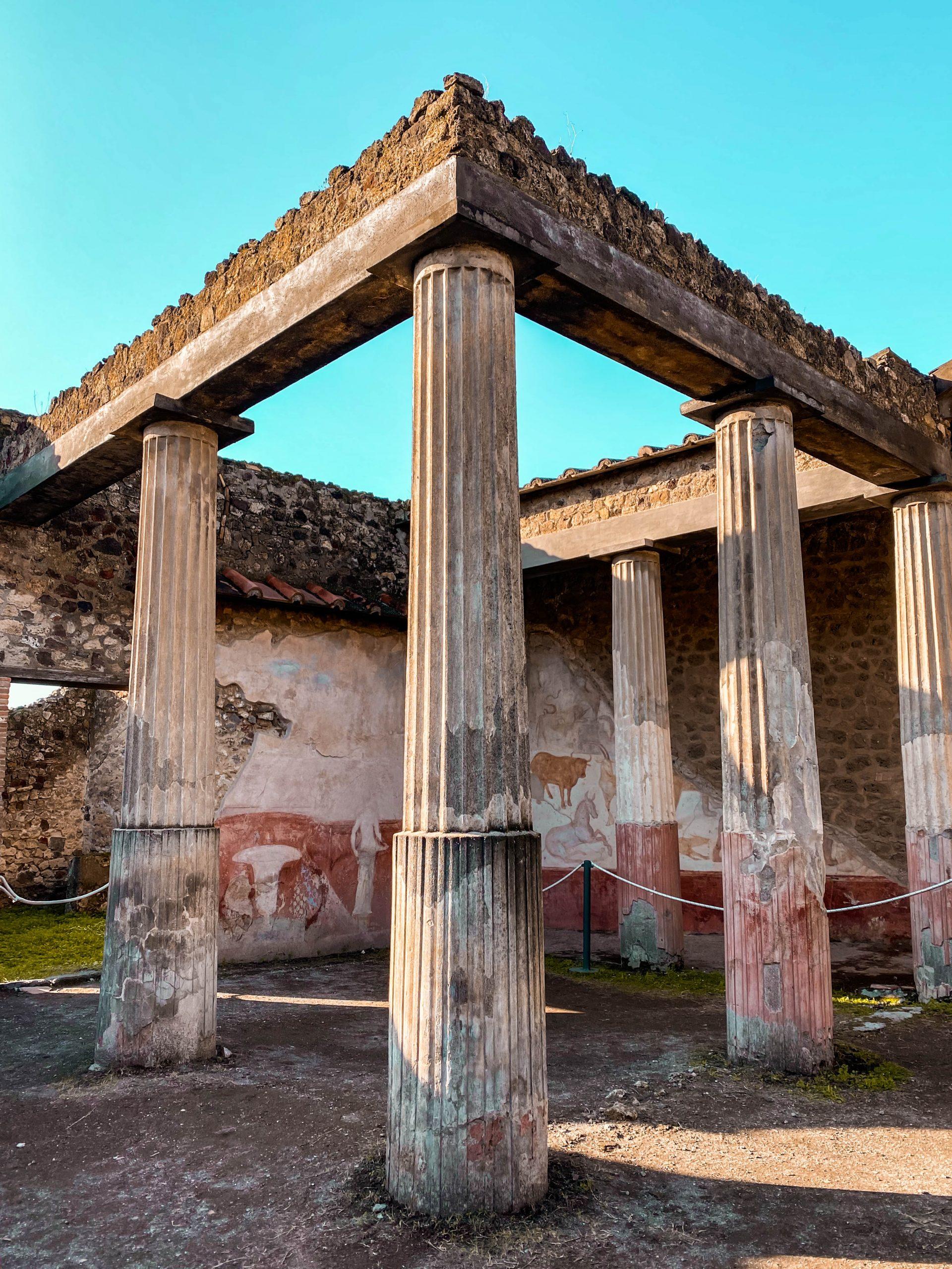 casa di romolo e remo house of romulus and remus pompeii italy ruins animal fresco pompeian painting columns italy