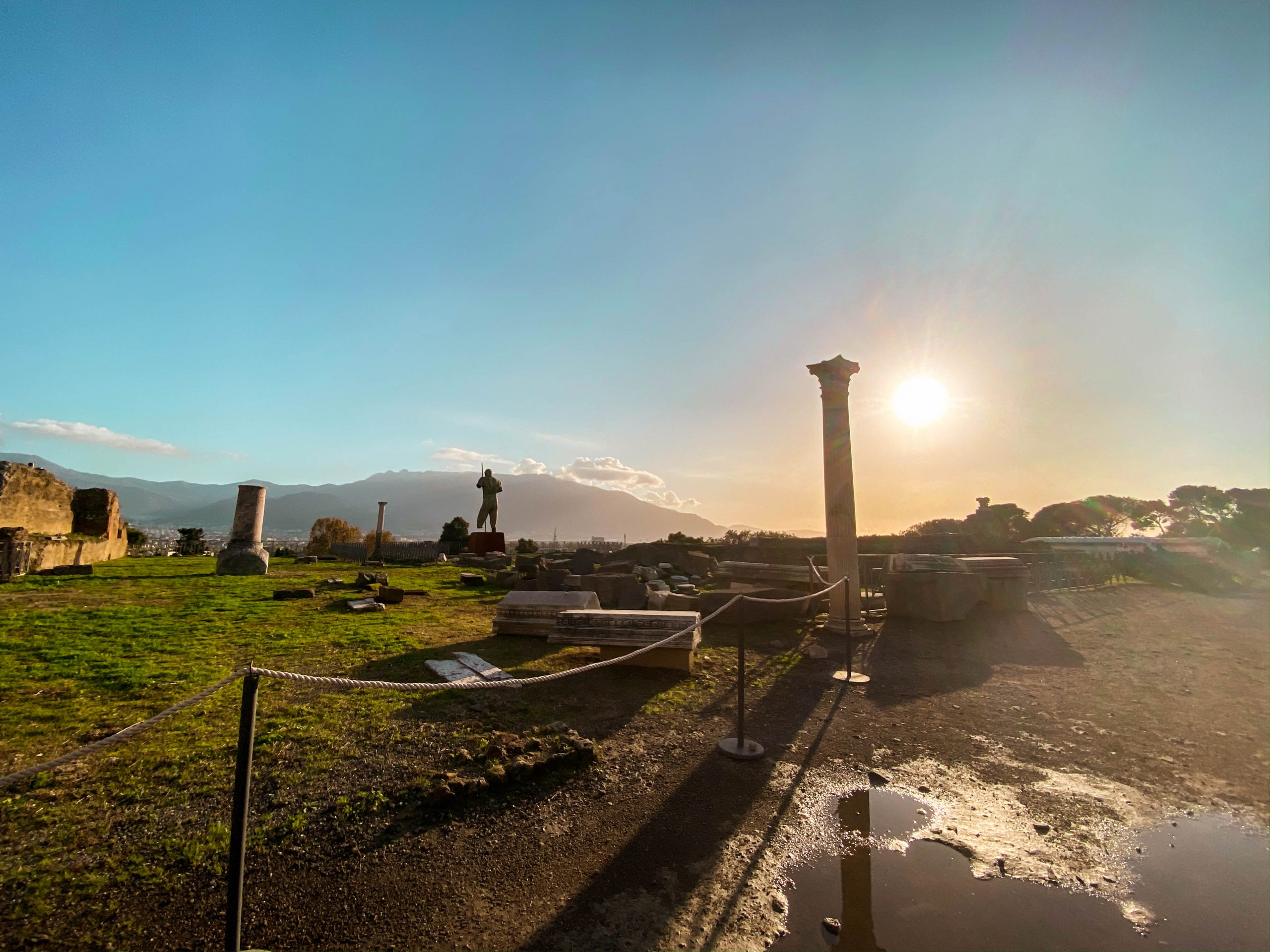 pompeii park UNESCO world heritage site ruins how to visit pompeii basilica scavi mount vesuvius italy amalfi coast