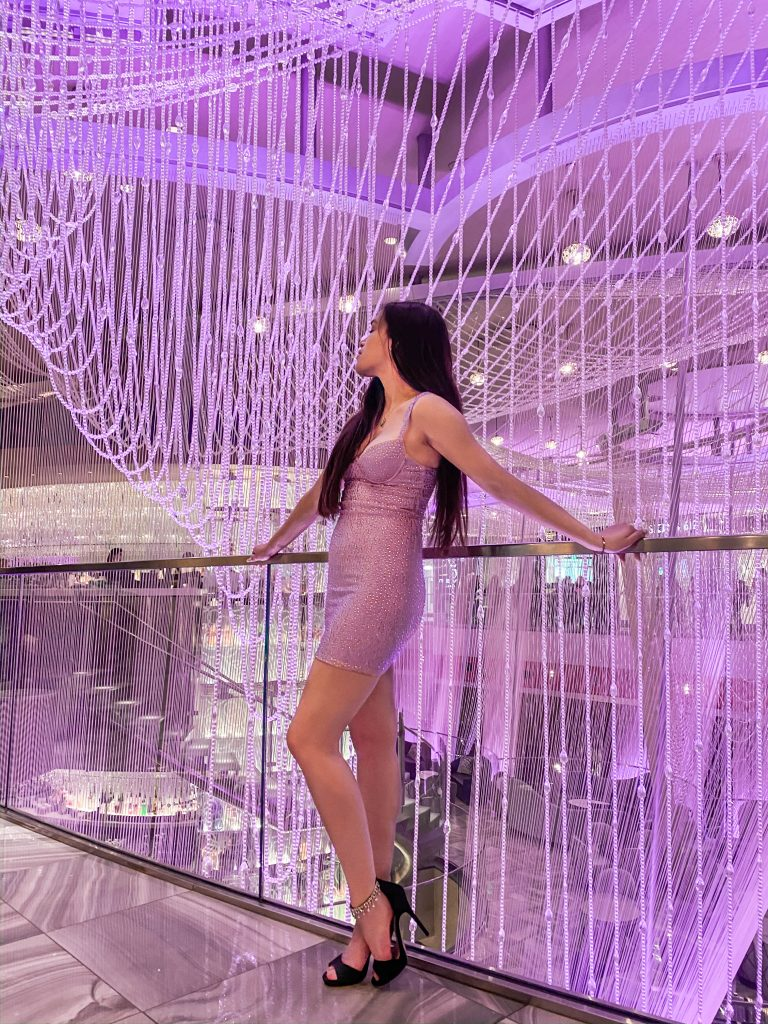 chandelier bar cocktail lounge las vegas nevada instagrammable spot photo location vegas oh polly under your spell dress
