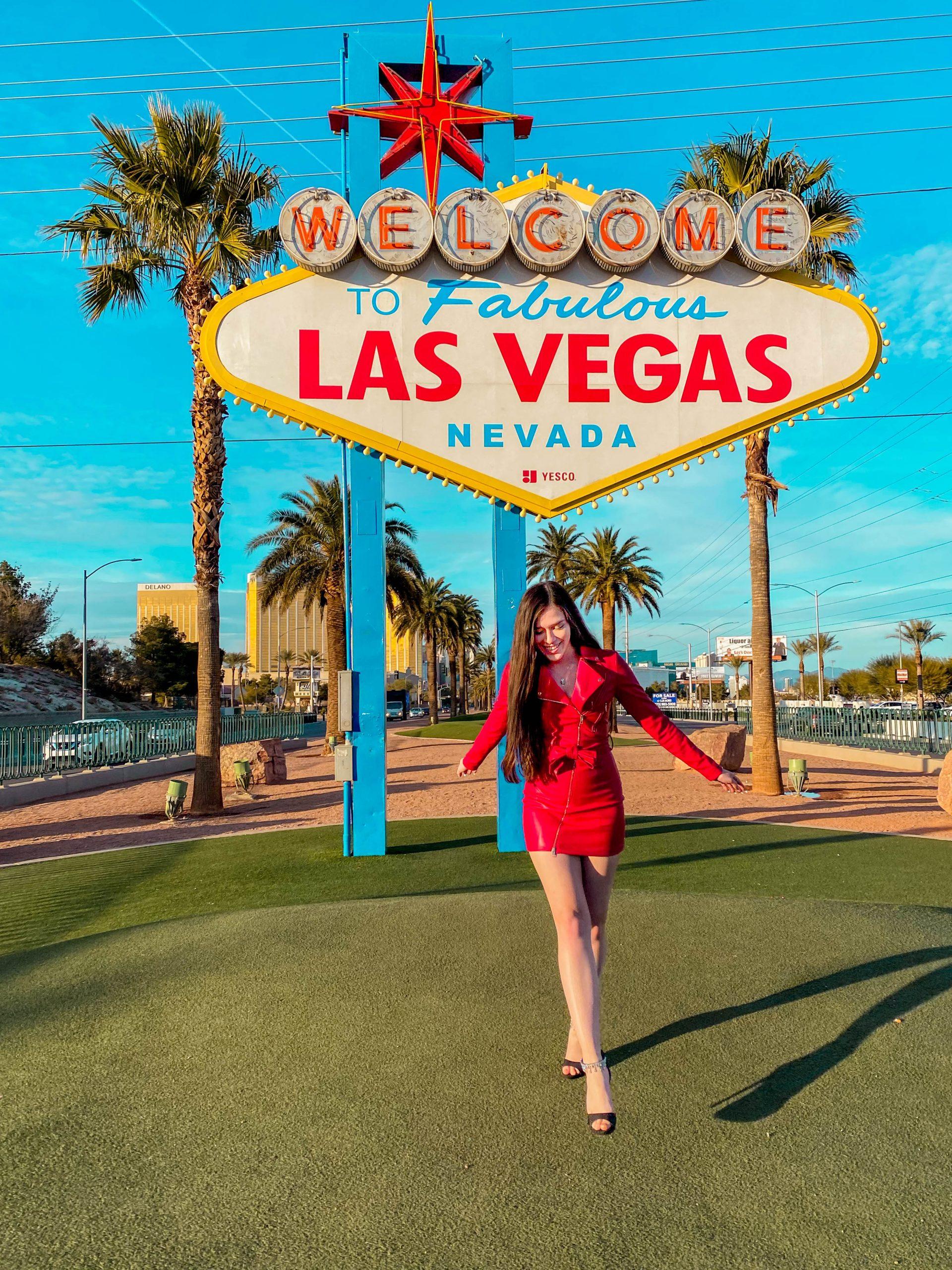 welcome to fabulous las vegas nevasa sign, oh polly moto dress, instagrammable landmark las vegas, photo worthy spot las vegas