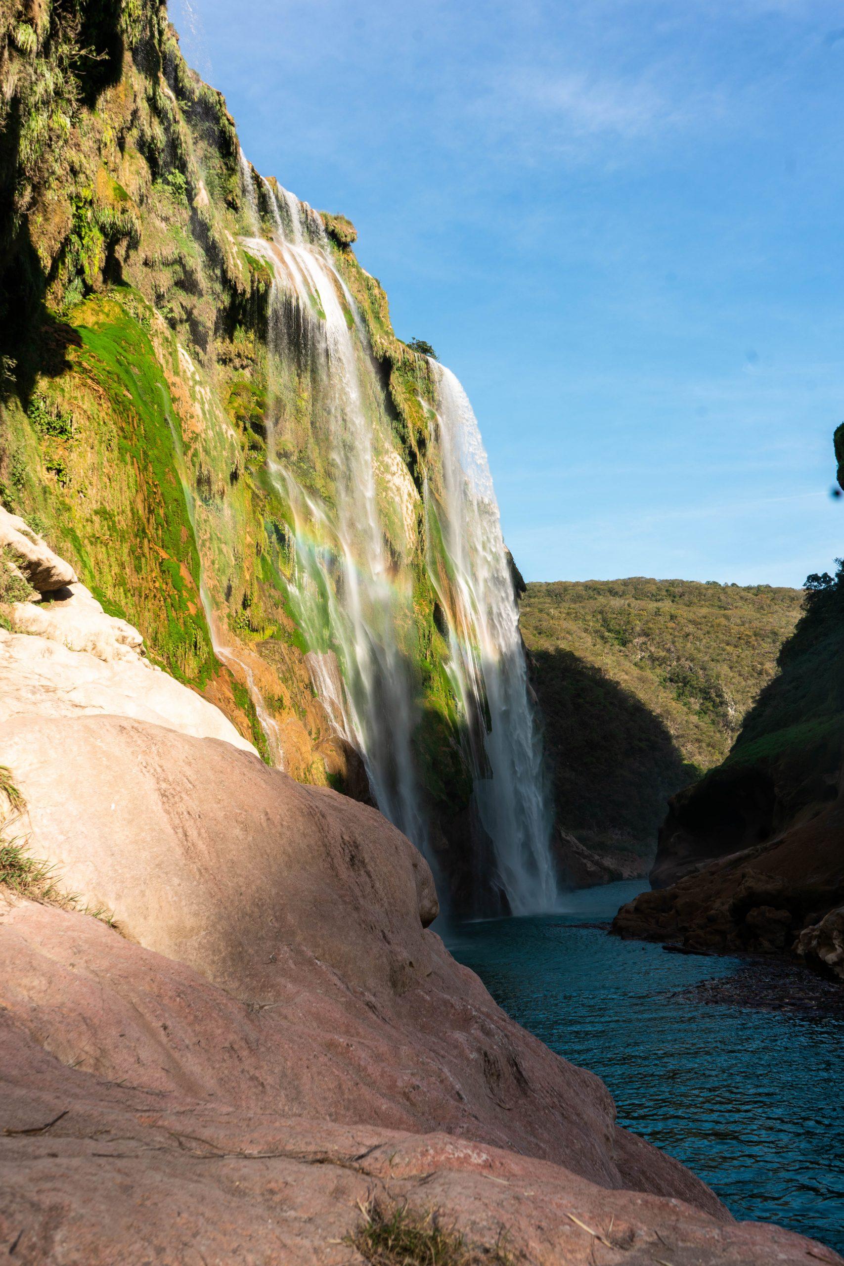 cascada de tamul la huasteca potosina san luis potosi mexico canyon waterfall rainforest