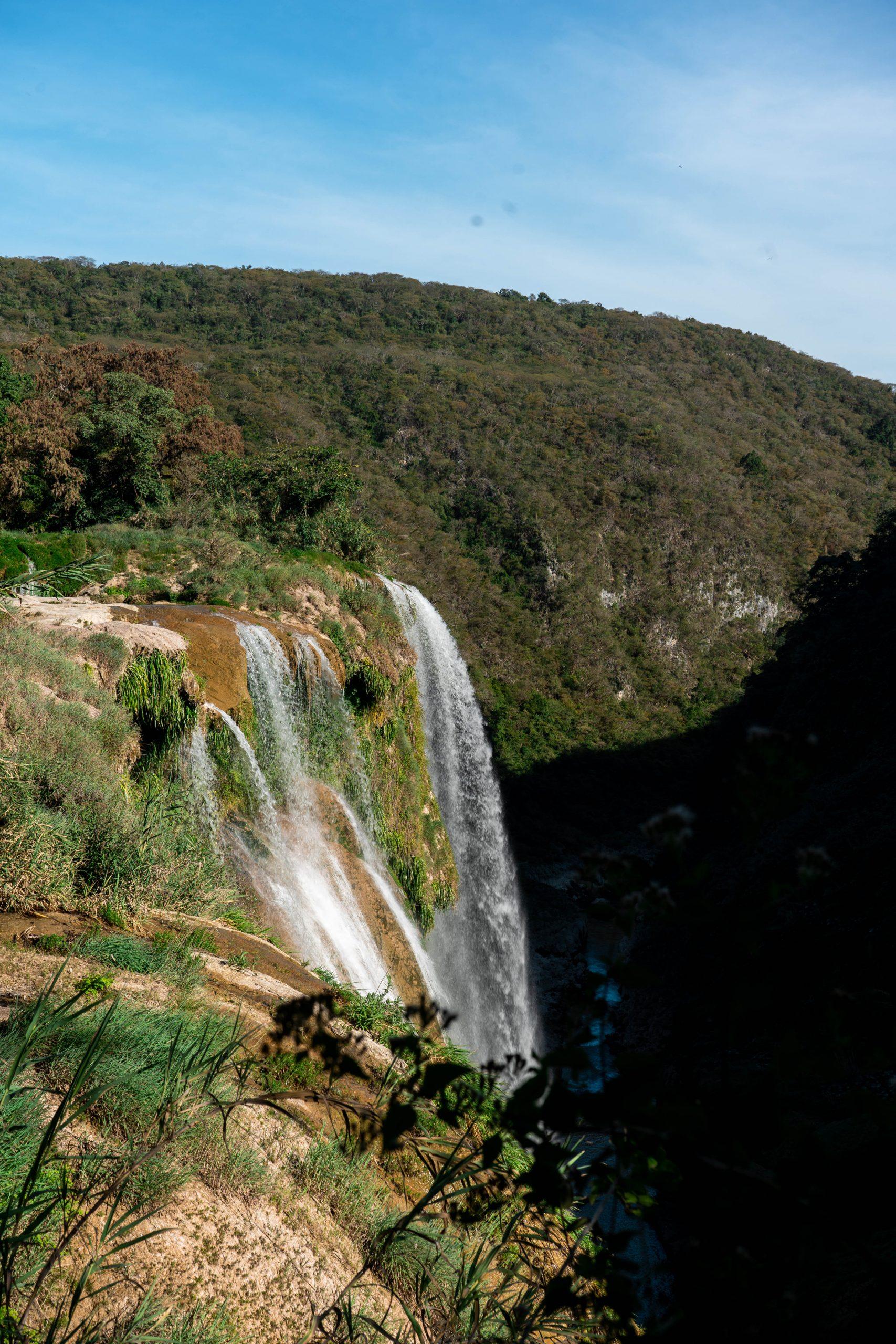 cascada de tamul waterfall overlook lookout point hiking canyon huasteca potosina san luis potosi mexico