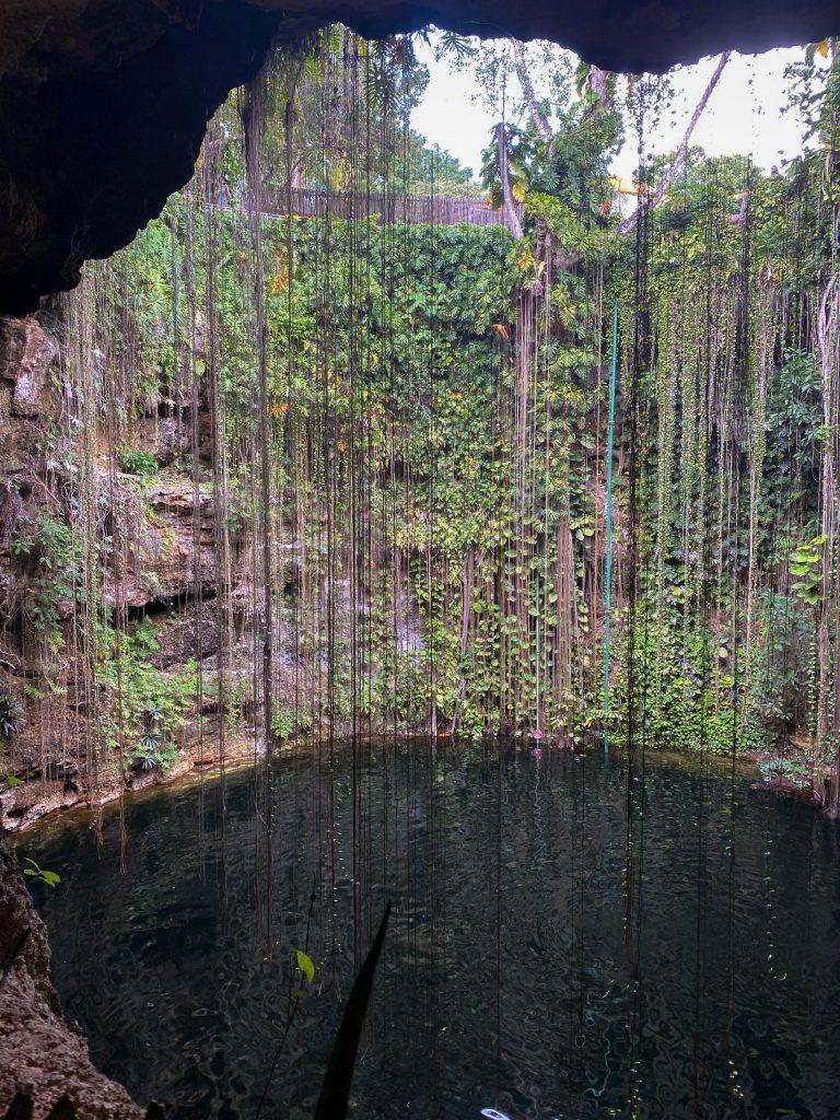 cenote ik kil overlook yucatan mexico sinkhole chichen itza swimming