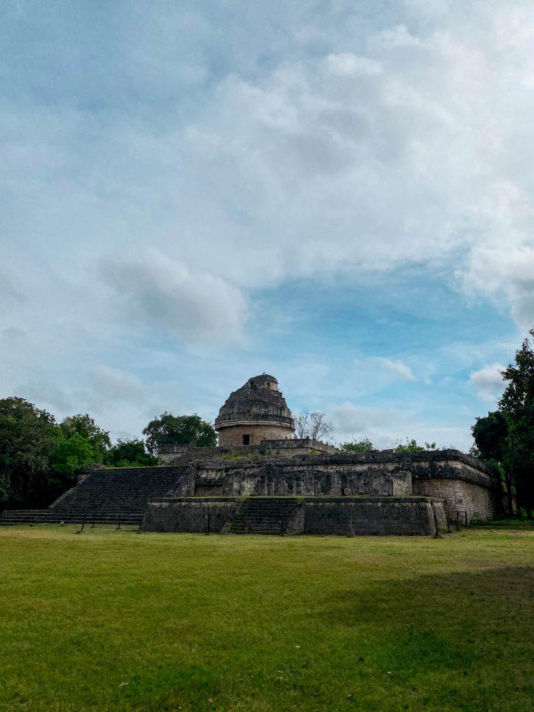 El Caracol mayan observatory chichen itza yucatan mexico