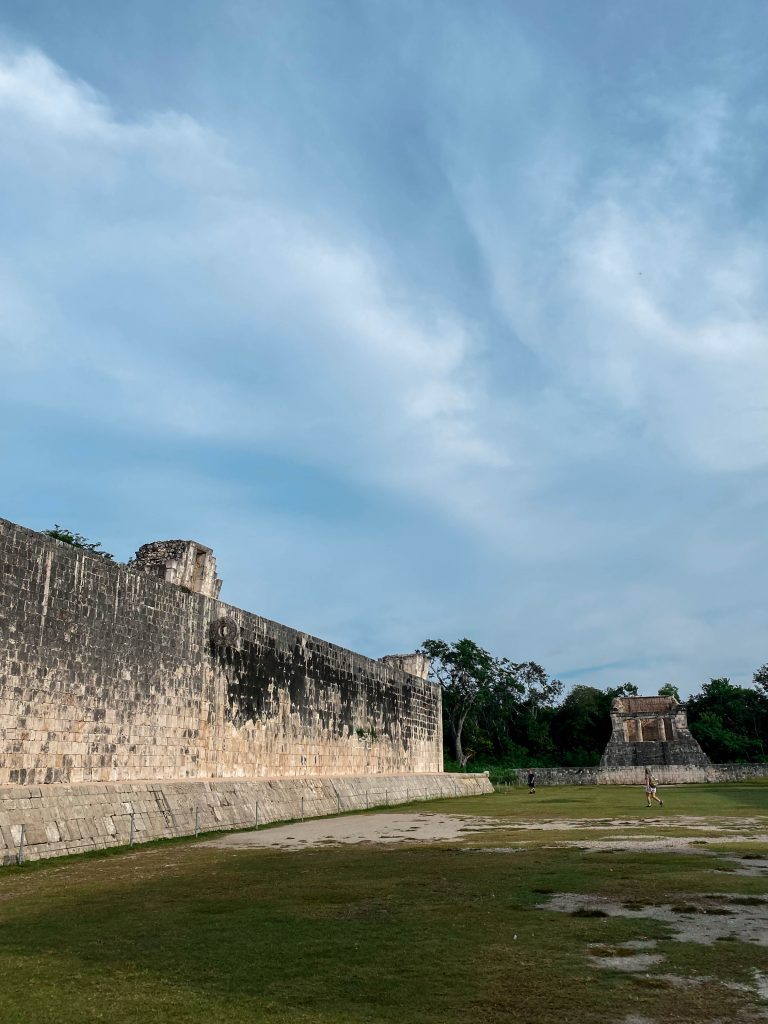 great ball court mayan ball game chichen itza yucatan mexico