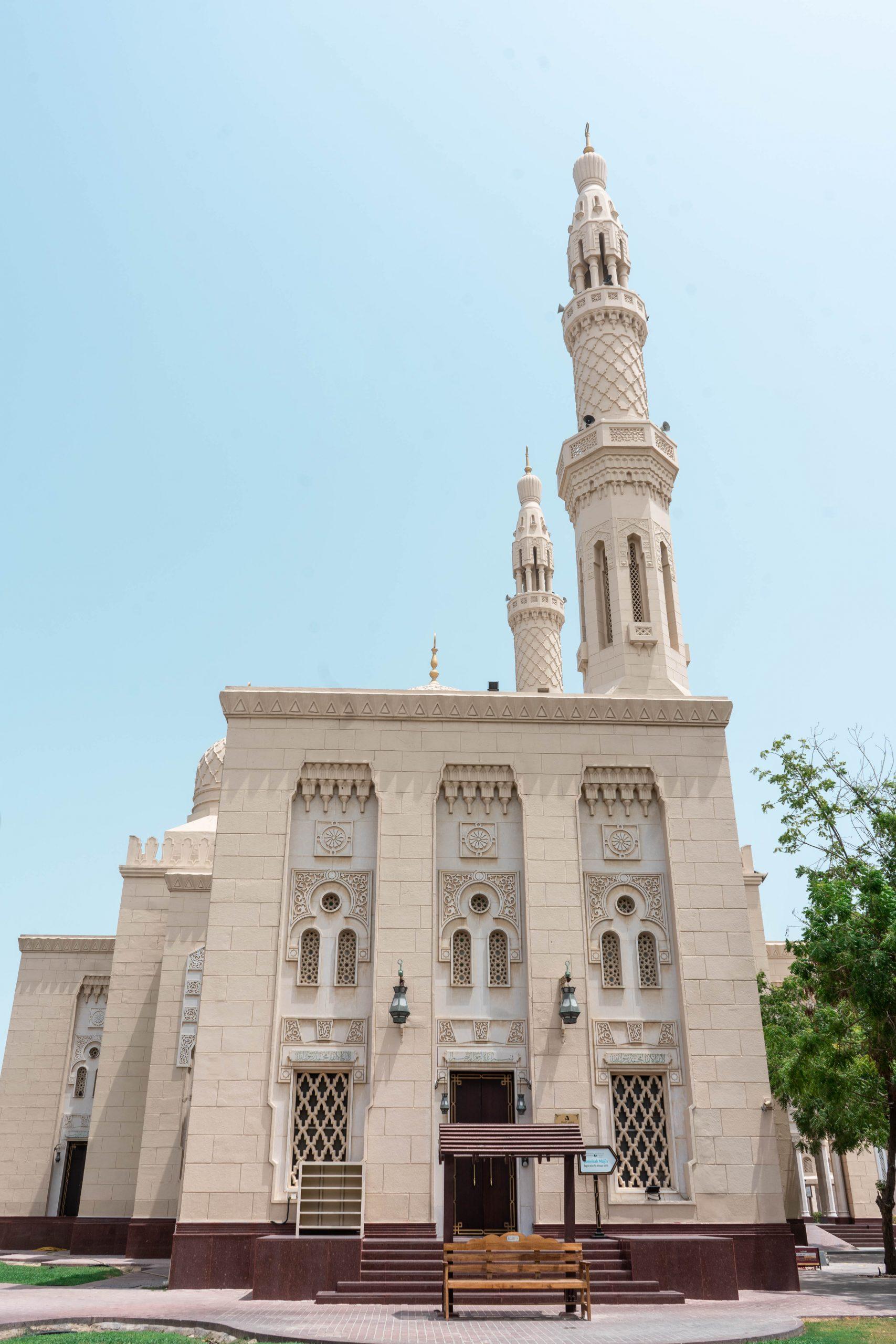 jumeirah mosque dubai united arab emriates uae sandstone building beige masjid