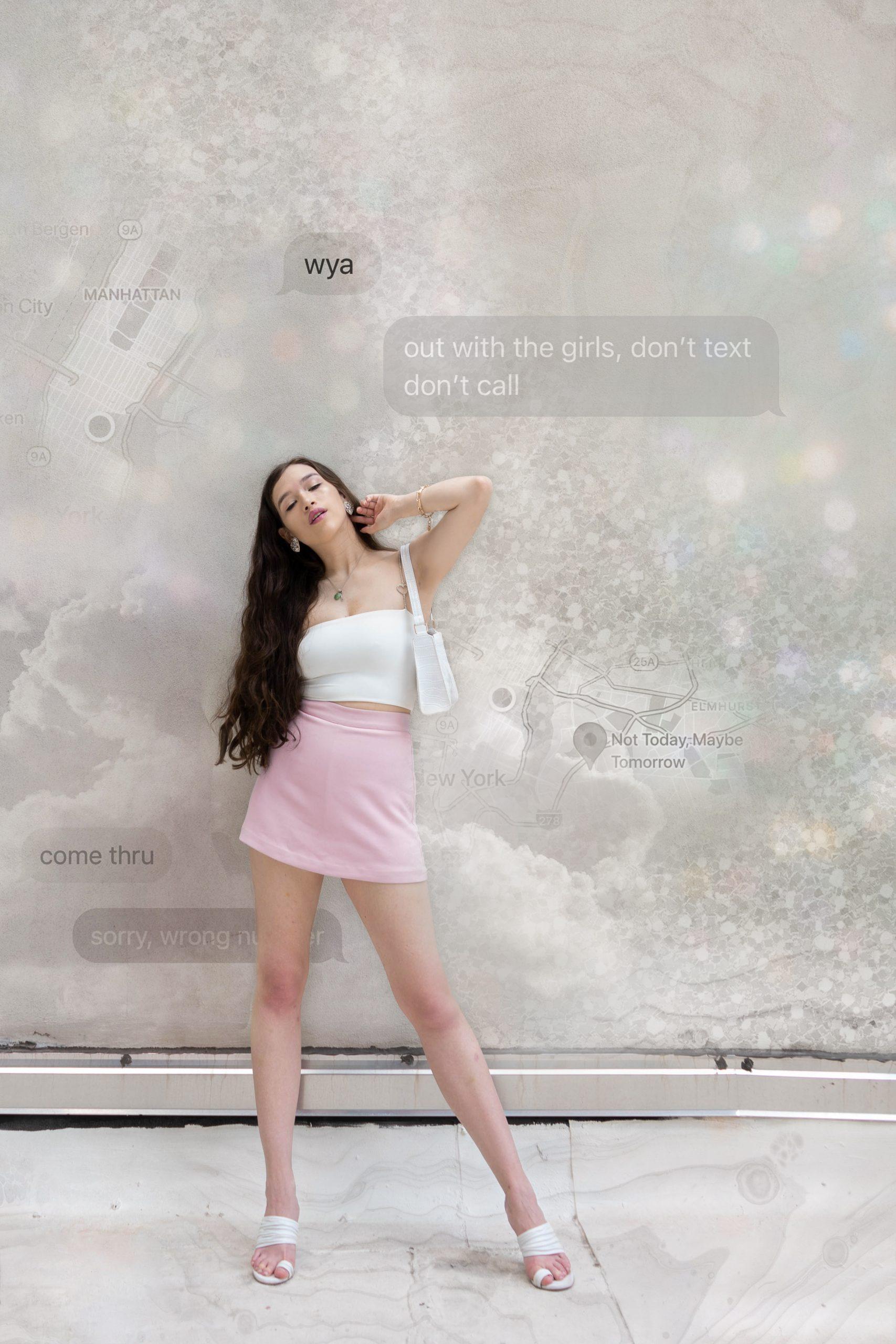 revolve nbd pink ronan skort skirt summer ootd veronica beard white sandal don't text don't call imessage white glitter background maps new york city